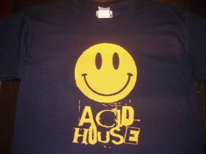 MENS RETRO RAVE SMILEY FACE `ACID HOUSE` T-SHIRT